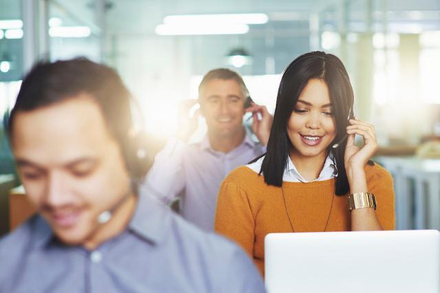 Esperienza di telemarketing e familiarità con il pc, ovviamente insieme all'inglese, sono infine le abilità che deve avere un futuro operatore di centrali telefoniche.