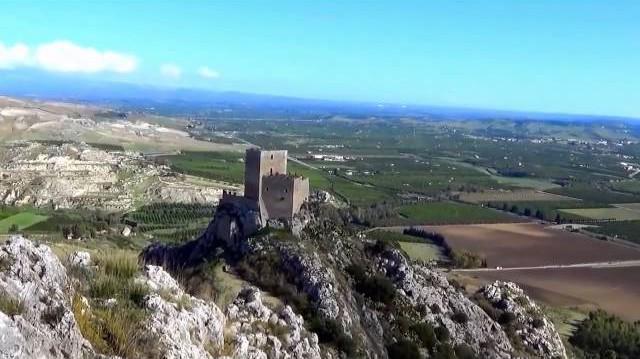 """Il castello di Serravalle è conosciuto anche con il nome di """"Castelluccio"""""""