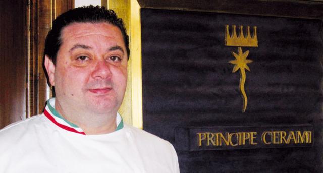 Lo chef Massimo Mantarro