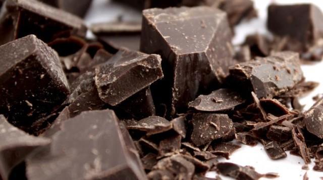 Cioccolato fondente a scaglie