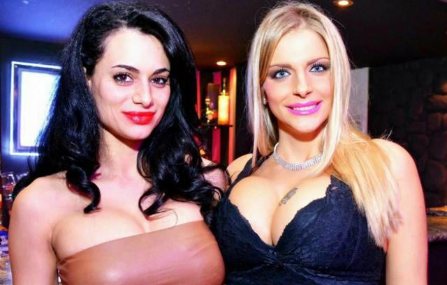 """Cristina del basso e Francesca Cipriani, ex concorrenti del Grande Fratello, divenute """"celebri"""" per la grandezza del loro seno..."""