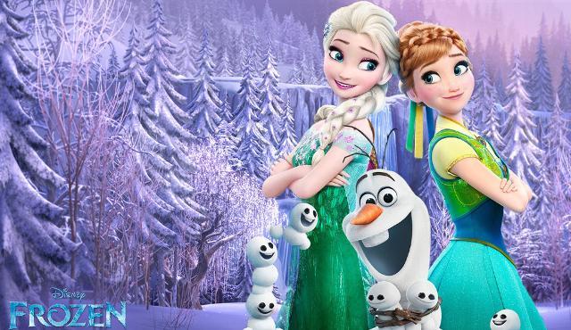 """Lo spettacolo """"Il regno di ghiaccio"""" darà ufficialmente il via al Natale firmato Sicilia Outlet Village."""