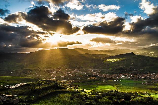 Un meraviglioso panorama di Cefalà Diana - ph Filippo Barbaria