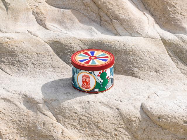La Sicilia e i suoi eroi epici sono al centro della coloratissima latta di Alice Valenti - ph. Alessandro Castagna