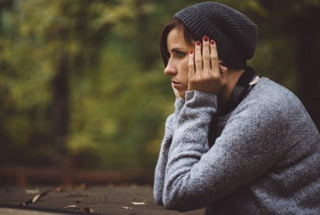 """In autunno, con le giornate più corte, ad angosciare maggiormente sono la """"perdita del senso del tempo"""" e il timore di """"non riuscire a far tutto""""..."""