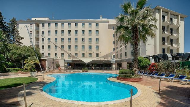 I dipendenti dell'Nh Hotel di Palermo torneranno ad avere i contratti a tempo indeterminato, dopo tre anni di contratti a termine