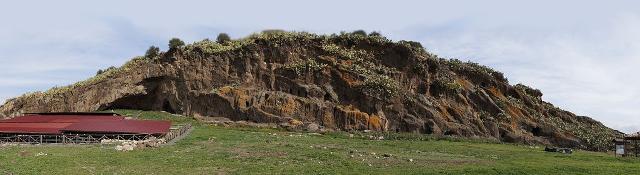 Paliké - Area archeologica di Rocchicella Mineo (CT) Santuario dei Palici | ph Spitfire 1968