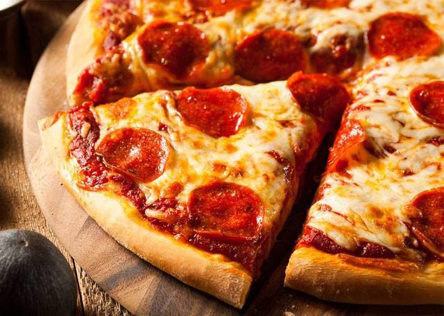 """Un'altra pizza ritenuta """"classica"""" dagli appassionati è quella con il salamino piccante..."""