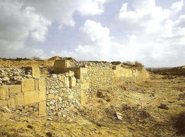 Le fortificazione meridionale di Kamarina, nate nel periodo arcaico