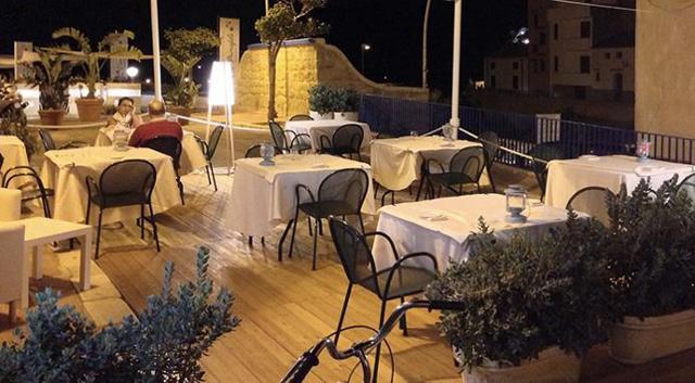 Il ristorante Il Bavaglino a Terrasini