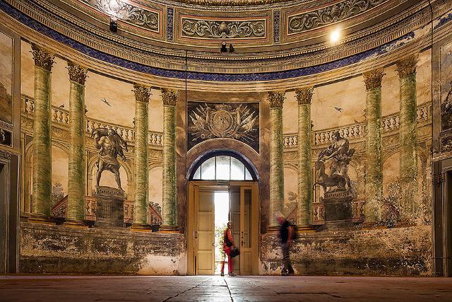 """Villa Palagonia - La sala delle """"Fatiche di Ercole"""""""