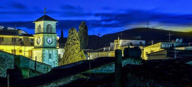 Il centro di Villapriolo di sera