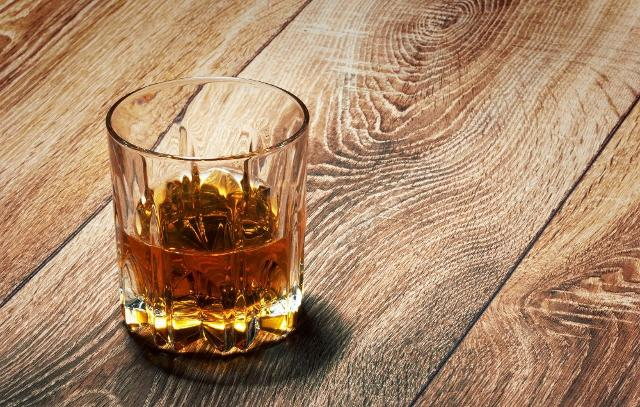 Hollywood non sarebbe Hollywood senza il whisky...