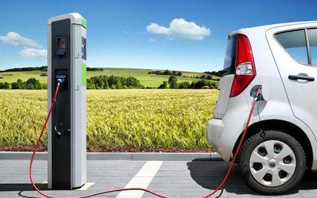 In Sicilia circolano 239 auto elettriche (+12,7% rispetto al 2016)