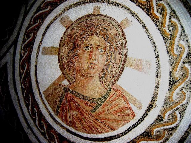 Mosaico romano raffigurante Apollo, Dio del Sole