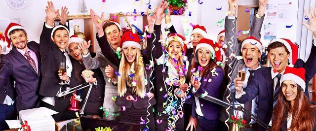 LE 5 REGOLE D'ORO PER UN PERFETTO OFFICE CHRISTMAS PARTY
