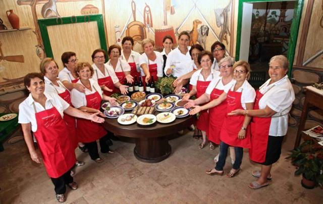 Le Signore della Brigata di Cucina Mandrarossa