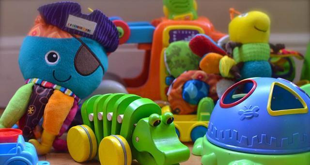 Ogni volta che un giocattolo passa di mano, oltre a compiere un gesto di solidarietà, ha anche un impatto positivo nei confronti dell'ambiente.