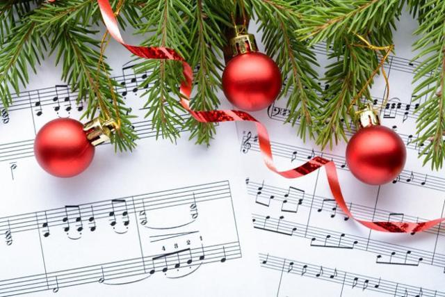 Una casa natalizia ha bisogno del sottofondo musicale giusto...