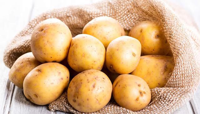 Per quanto riguarda gli ortaggi, gli italiani comprano maggiormente le patate...