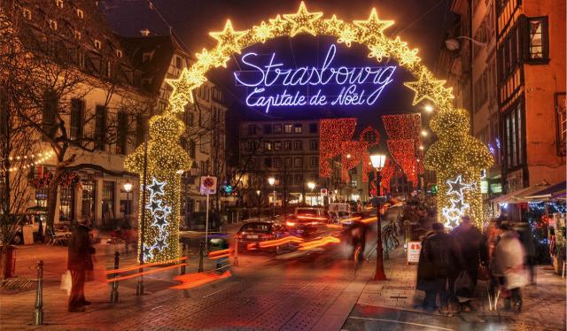 Questa lunga tradizione valse a Strasburgo il titolo di ''Capitale del Natale'' fino al 1992, titolo restituito alla città di Betlemme nel 1999