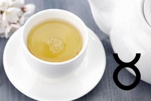Per i nati sotto il segno del Toro un tè bianco alla vaniglia