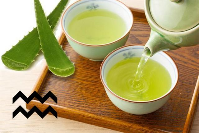 Per i nati sotto il segno dell'Acquario un tè verde con aloe vera