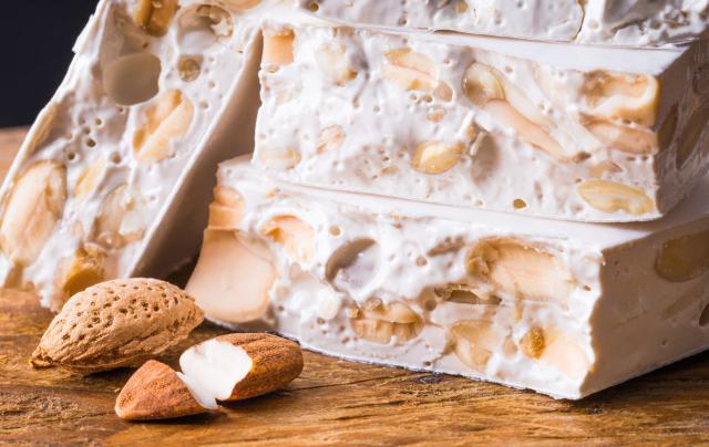 Forse non tutti sanno che... il torrone è un dolce tipico di Caltanissetta