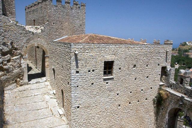 Una parte del castello di Caccamo - ph Jason Sansone
