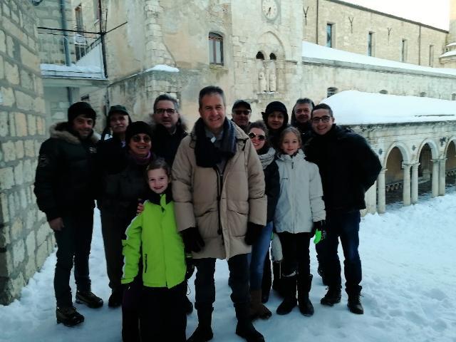 Il sindaco di Petralia Soprana Pietro Macaluso, in collegamento da Piazza Duomo