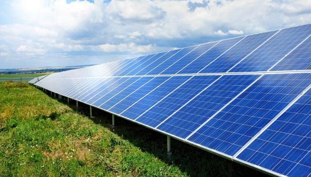 Convert Italia sta partecipando con altri 5 partner a un progetto di ricerca (GPOV, Global Optimization of Integrated Photovoltaic System for low electricity cost) per sviluppare un sistema fotovoltaico in grado di produrre elettricità a bassi costi e che riduca del 40% i tempi di rientro dell'investimento