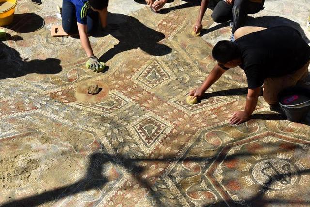 In Sicilia, dopo 10 anni, ripartono scavi e restauri