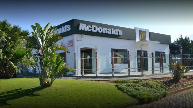 Il McDonald's di Carini (PA)