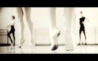 ''Danzare per Vivere, Vivere per danzare''