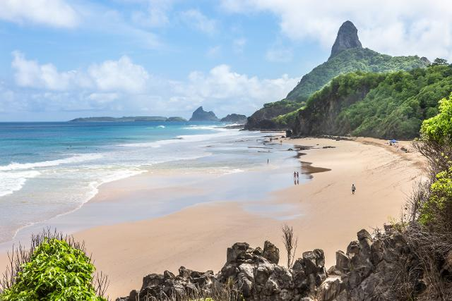 Baia do Sancho, Brasile - ph AdobeStock