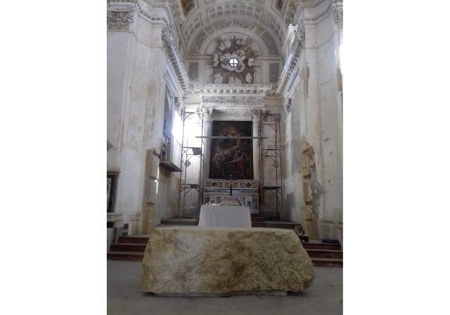 L'altare della Chiesa Madre di Sambuca di Sicilia