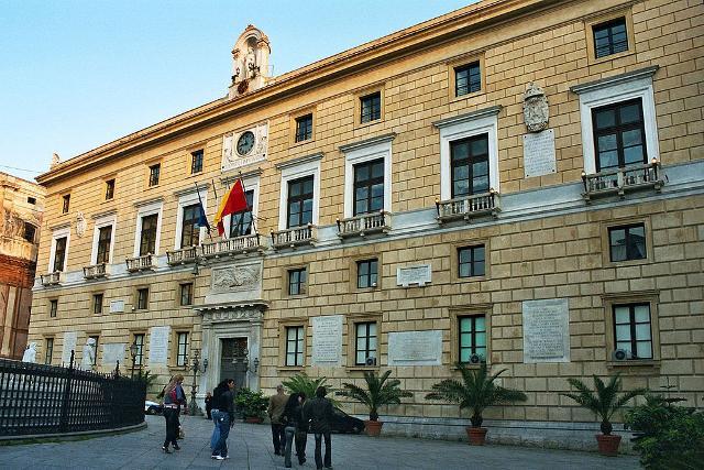 Per dire stop alla plastica, il Comune di Palermo darà l'esempio...