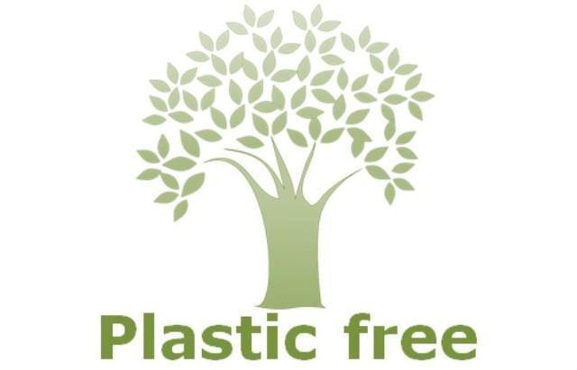 Liberarsi dall'eccesso di plastica è un atto di civiltà e di amore per l'ambiente e per se stessi...