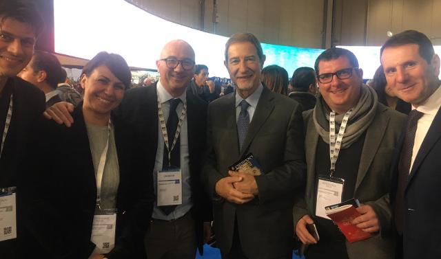 Nella foto da sx: Nicola Santoro, Cristina Castiglione, Fabrizio Fonte, Nello Musumeci, Giuseppe Santoro e Sandro Pappalardo.
