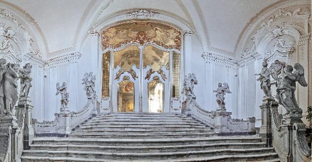 La Scalinata degli Angeli nella Chiesa di San Benedetto, Catania - ph Alfio Bonina