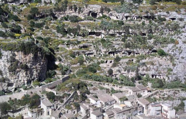 Il sito della Chiafura visto dall'ex convento della Croce