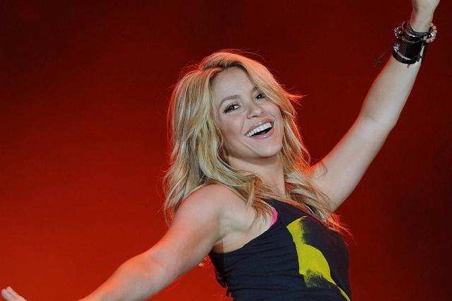 Per quanto riguarda le artiste femminili, la più desiderata è indubbiamente Shakira, che mette d'accordo il quasi 40% degli uomini