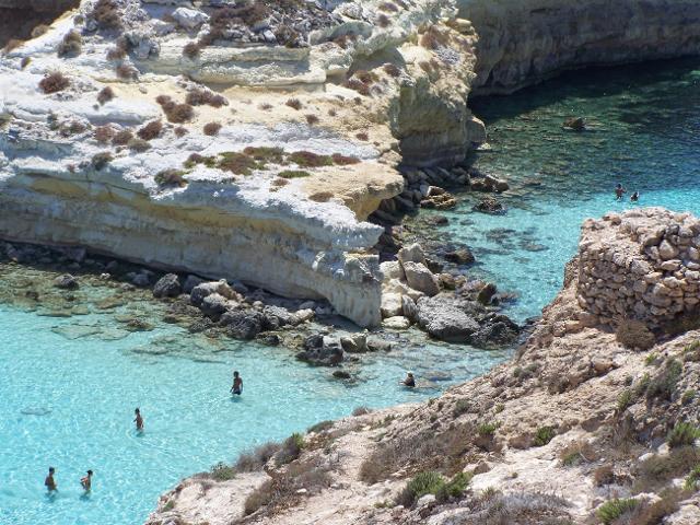 Uno scorcio della Spiaggia dei Conigli a Lampedusa - ph GettyImages