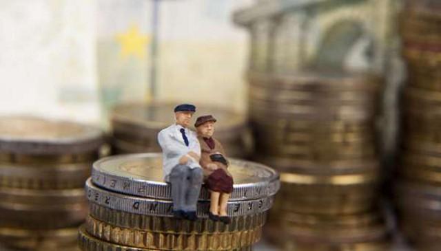 A proposito di pensione, quest'ultima risulta essere uno dei fattori che preoccupano di più i palermitani in questo momento...
