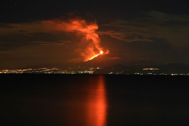 Eruzione dell'Etna del 13 gennaio 2011 - ph Cirimbillo