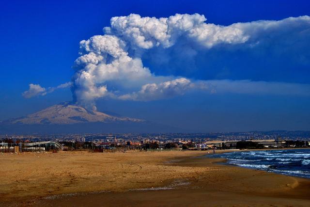 Eruzione dell'Etna del 2012 - ph Andrea