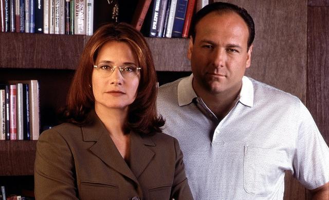 """Lorraine Bracco e James Gandolfini nella serie """"I Soprano"""""""