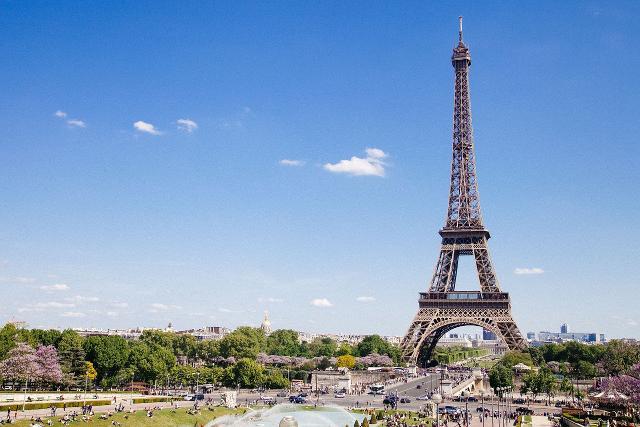 Parigi e la sua celebre Torre Eiffel