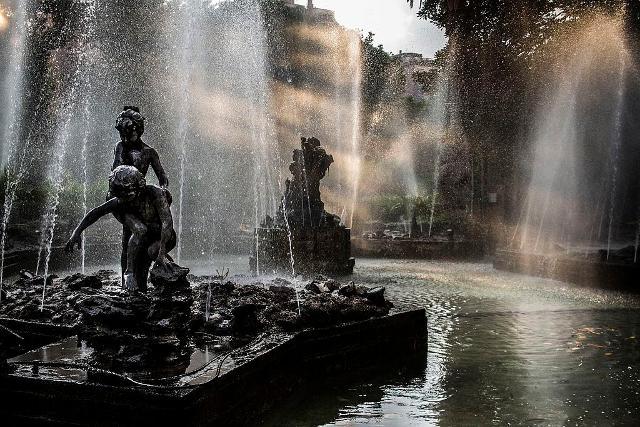 Raggio di sole nella fontana - Giardino Inglese | ph Cristiano Drago