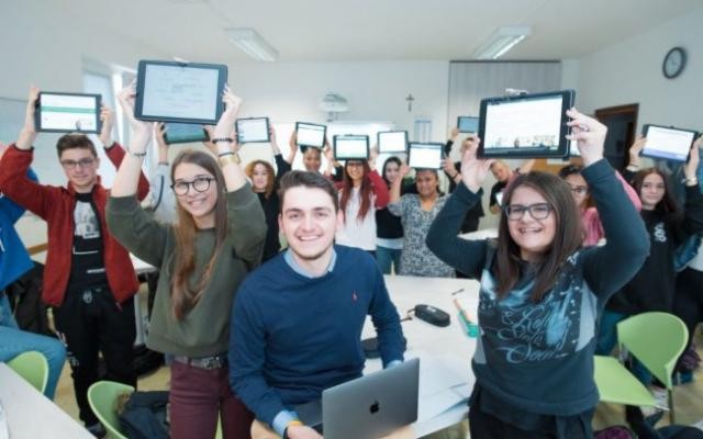 La Sicilia attivissima contro il Cyberbullismo